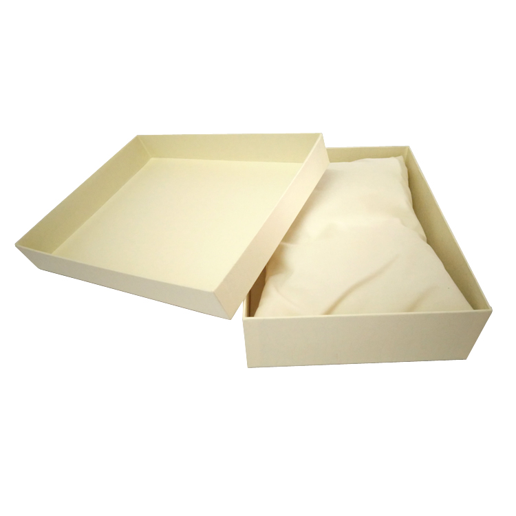 Custom White Leatherette Paper Large Rigid Gift Box With Lid/ Lid And Bottom Gift Boxes With Pillow Wholesale.