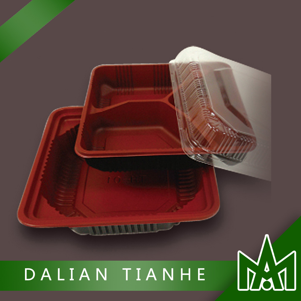 Disposable plastic lunch box for takeaway food packaging