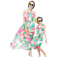 2016 Bohemian Summer Mother Daughter Dresses Floral Sleeveless Straped Chiffon Long Beach Travel Outfit Family Clothing