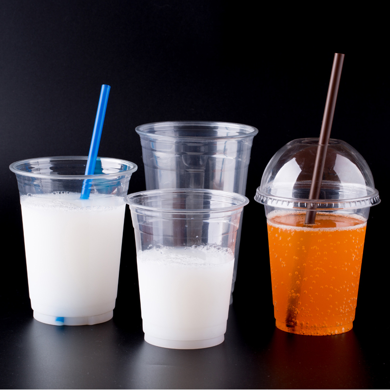 Porzellanherstellungsgebrauch und werfen pp-Plastikjoghurtbecher mit Deckel