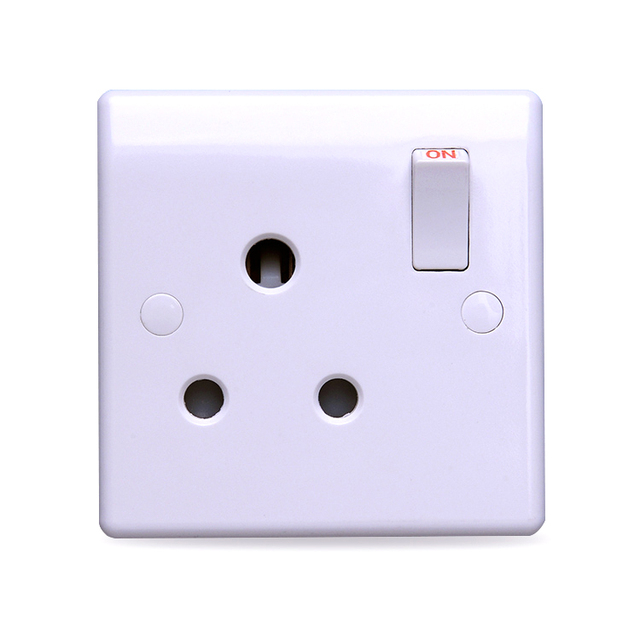 M120 15A ELECTRICAL SWITCHED SOCKET