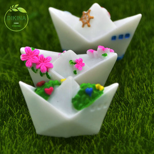 Art craft projects weddings special occasions handmade Assorted Animal vivid butterfly resin miniature glass frozen figurines