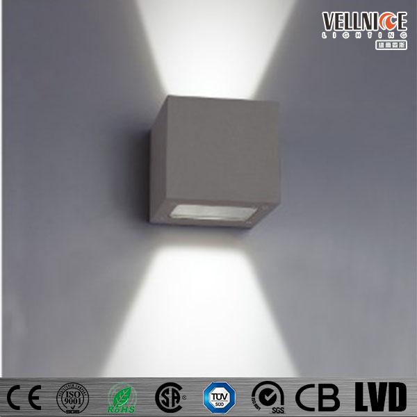 applique exterieure cube