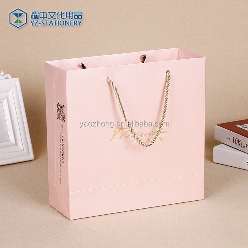 Factory Sale Custom Made Special Design Present Merchandise Packaging Vivid Printing Wedding Favor Paper Gift Bag
