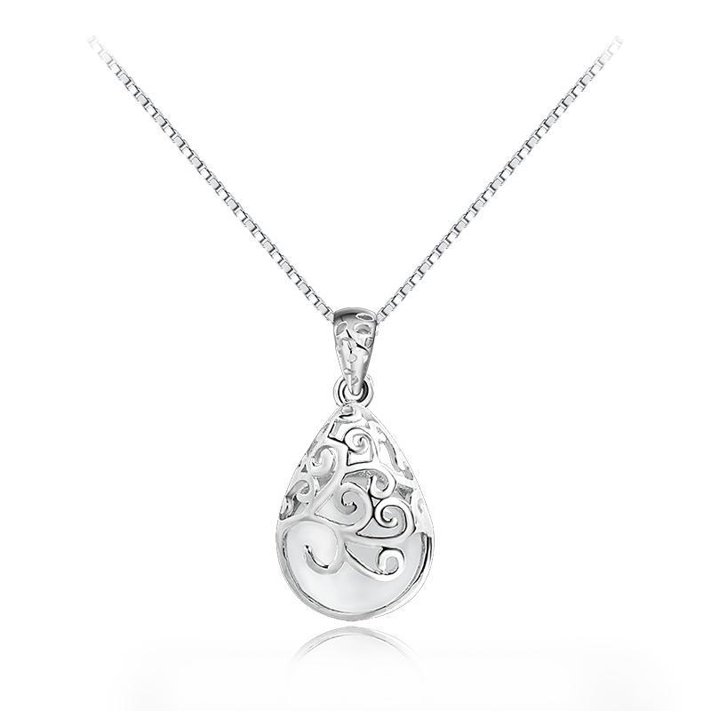 small quantity jewelry silver with medallion <strong>pendant</strong>