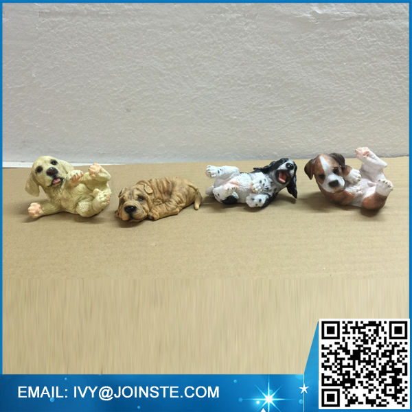 OEM &ODM resin character statue funny dog statue resin statue