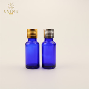 cobalt blue essential oil carry case hot sale great quality cheap glass bottles 1oz silver screw cap on top and screw