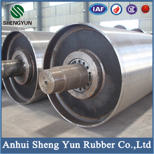 Heat resistant belt conveyor roller with cold-cured rubber coating layer
