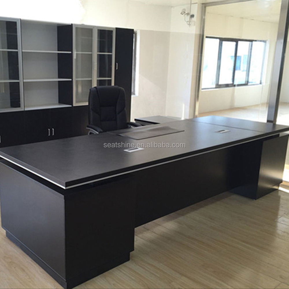 Modern Black Managerial Office Desk