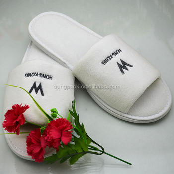 Velour Disposable Hotel Slippers With Brand Name W Hongkong SPA Travel White Slippers