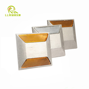 Strong reflective effect low price road studs of china manufacturers
