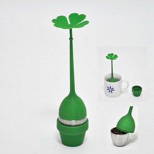 Four leaved clover design carry green tea bag filter