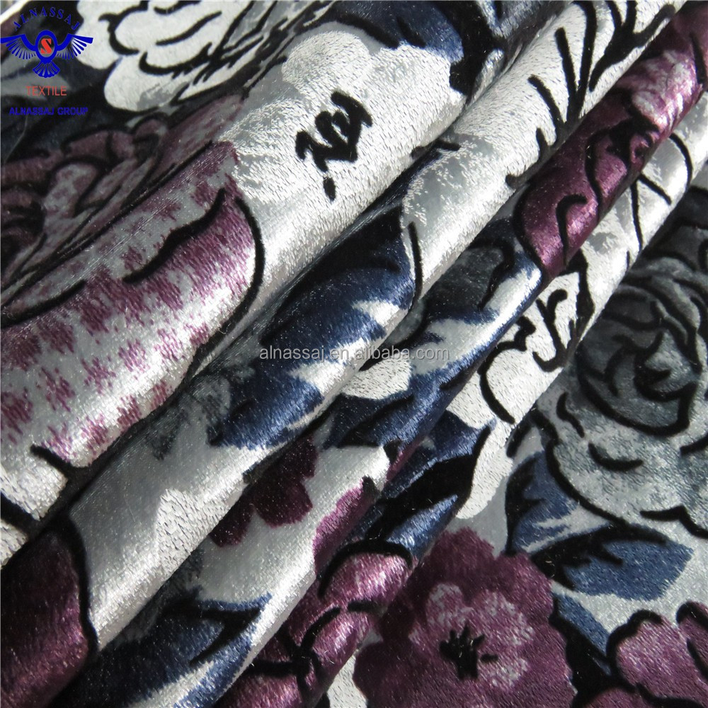 China factory better quality European fashion head flocking fabric curtains