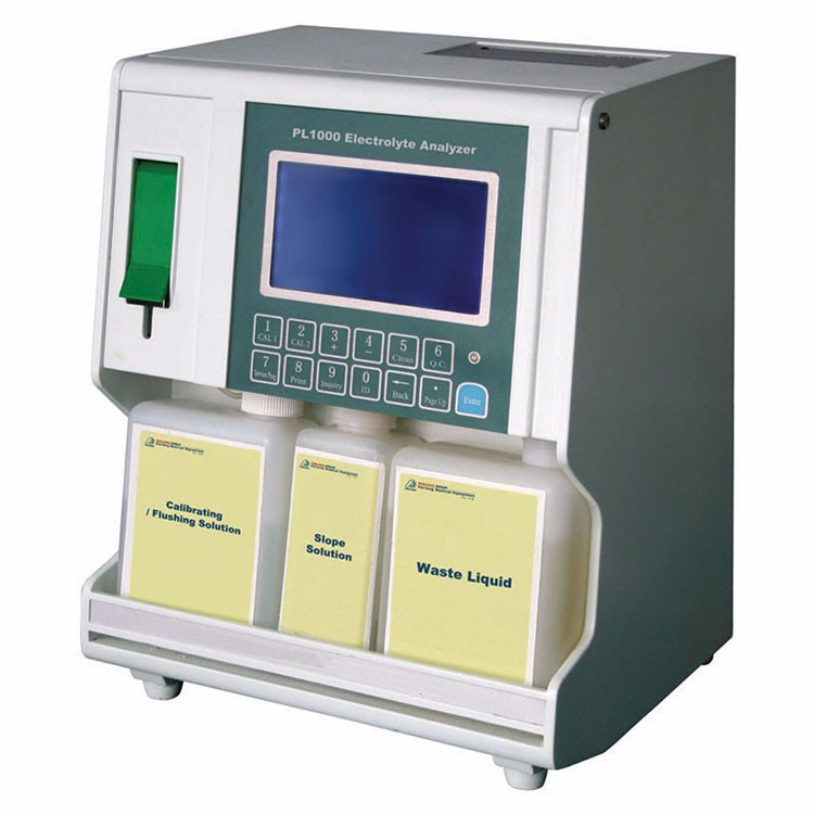 Smart Blood Electrolyte Analyzer to test blood sample
