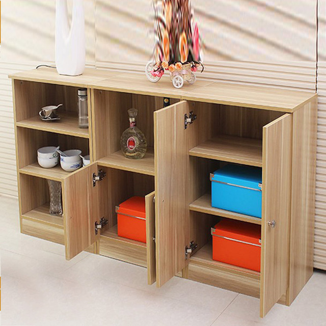 repas simple et moderne petite table d 39 appoint buffet. Black Bedroom Furniture Sets. Home Design Ideas
