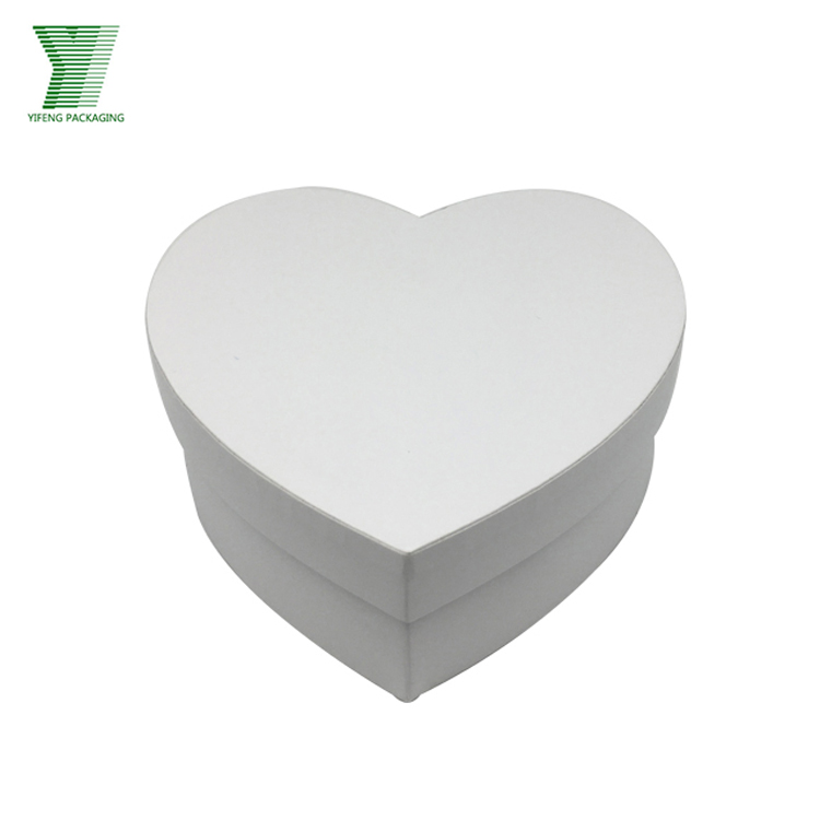 White cardboard customized heart shape gift packaging box