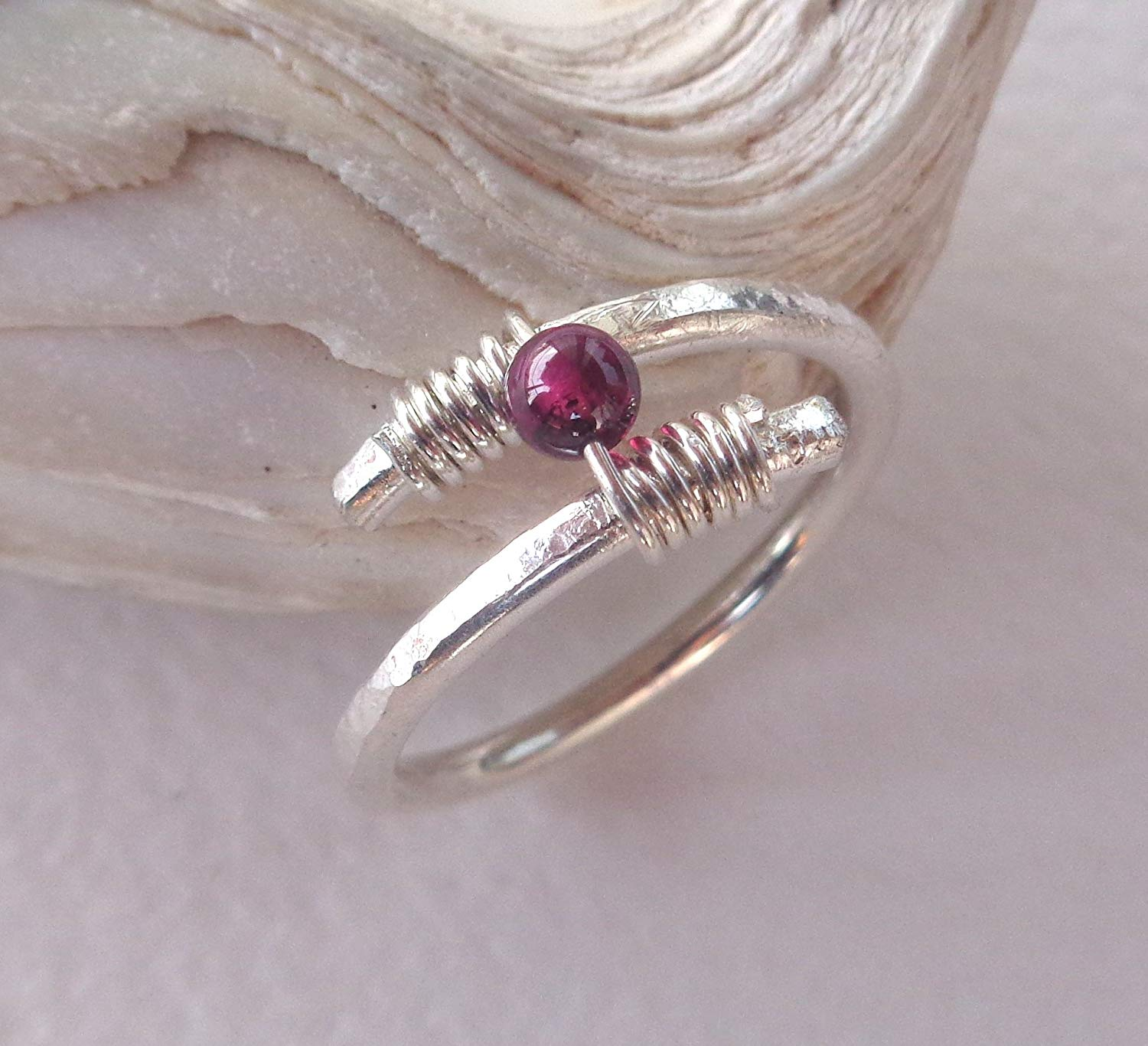 Garnet Wrapped Swirl Hammered Ring 925 Sterling Silver