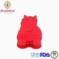 Supplies animal shaped silicone cake mould/Rhino shaped silicone baking pan