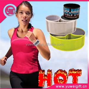 Reusable sports safety slap wrap wristband for running