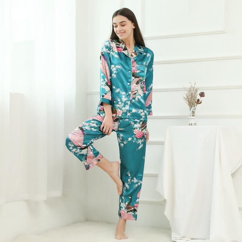 7f597ba665 Las mujeres caliente estilo Pavo Real pijamas de satén traje de noche en  casa vestido para