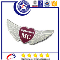 Metal badges factory professional custom pins and buttons for gift