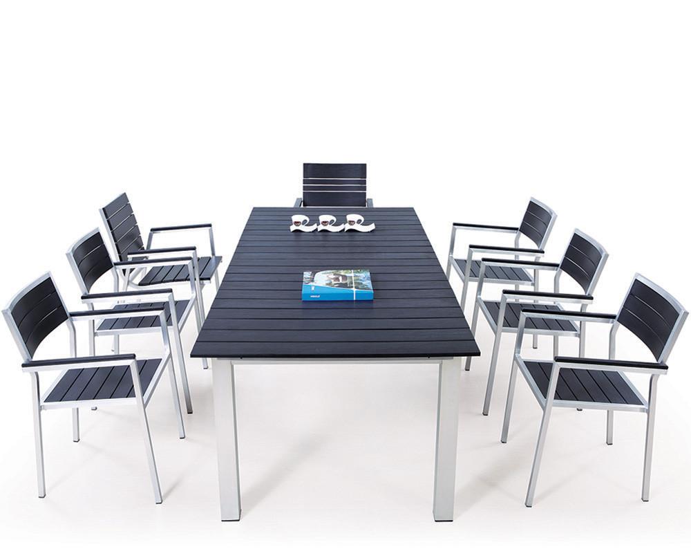 Muebles de jard n mesa de madera y sillas de pl stico for Aluminio productos de fundicion muebles de jardin