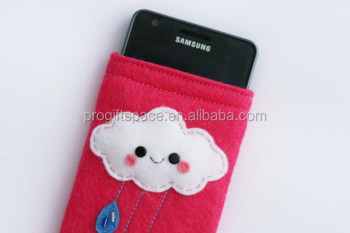 03c6b59f1a79a6 Eco Friendly Handmade Cute Cloud Felt Phone Case Made In China ...
