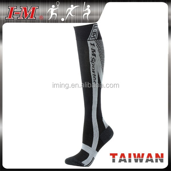 Medical Grade Custom Sports Running Compression Socks