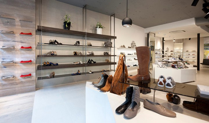 shoes store interior design ideas, accessory display shoes shops ...
