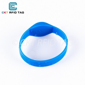 Custom logo 125KHz silicone RFID wristbands with ID printed for member management