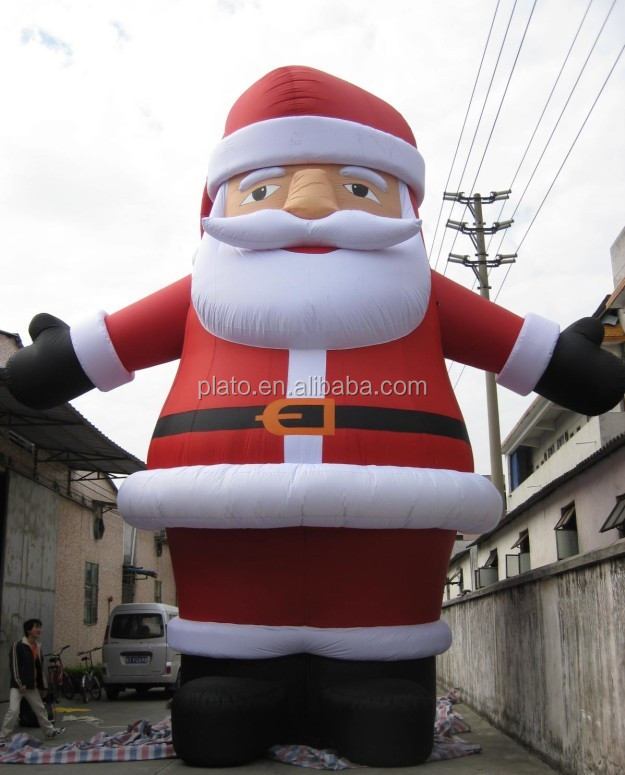 Giant christmas inflatables santa claus for Christmas decorations