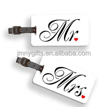 Wedding favor luggage tag