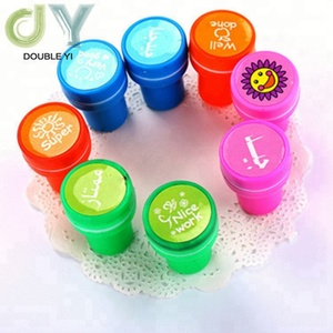 Children custom cartoon stamp small portable cylindrical plastic self-inking stamp