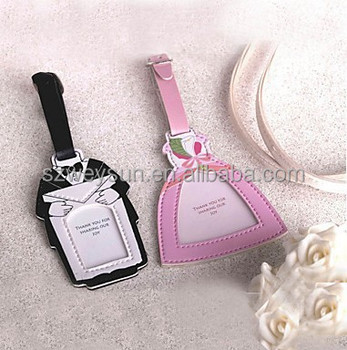 wedding favor gift and giveaways bride groom luggage tag wedding bridal shower favor party