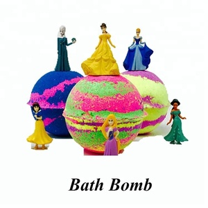 Private Label Bath Bomb Toys Inside Scented Essential Oil Skin Whitening Bubble Bath Bomb Soap