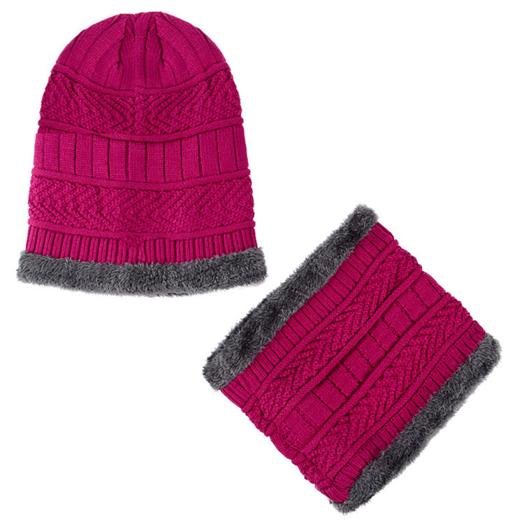 fcf5144fc6af8 China Fleece Caps Set