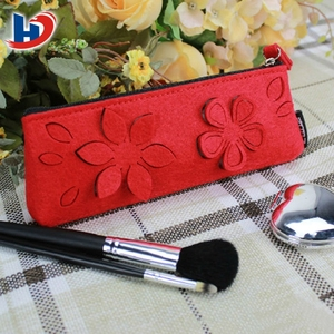Promotional insulated felt cosmetic brush bag