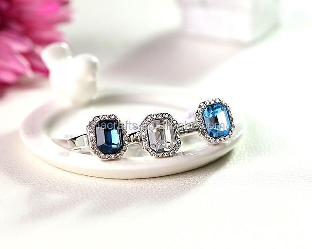 bague diamant au centre