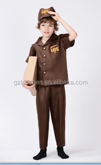 Alibaba Cosplay adulto Postman Pat traje UPS entrega hombre traje para niños 47cb9e41331