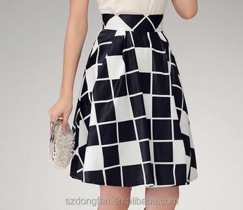5da831ddcc32fe3 2016 г. летние модные женские решетчатым принтом мини-юбки Черный и белый  плед платье