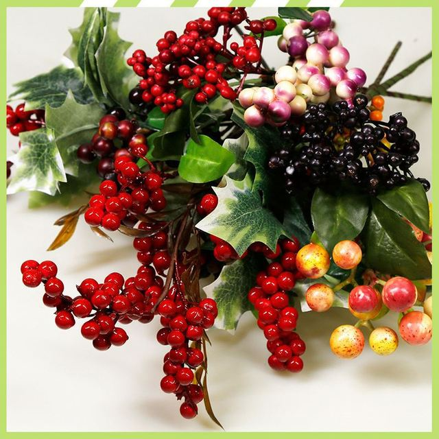 Factory sale oem Christmas gift berry wholesale artificial flowers online