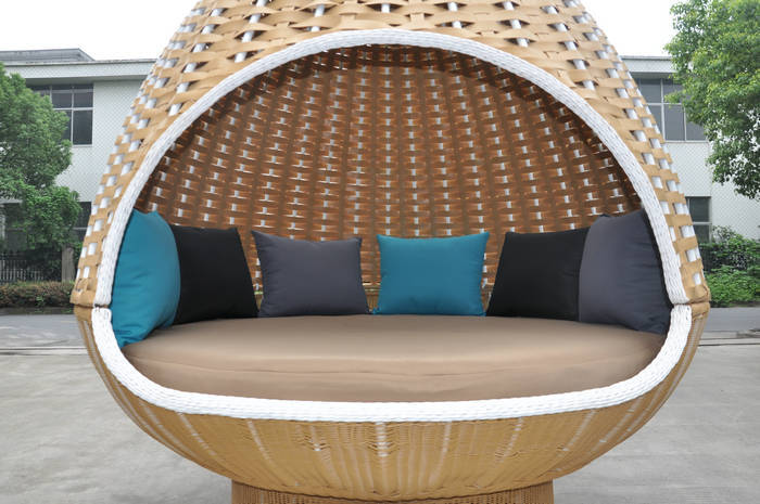 2015 luxury wicker hanging bed outdoor hammock chair buy for Round hanging porch bed