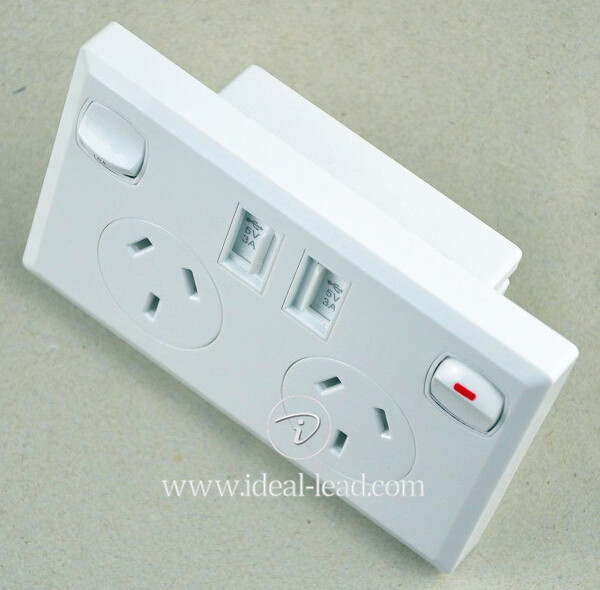 5V 2.1A AU Wall Socket with USB Port and switch -3