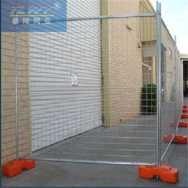 Steel temporary fence