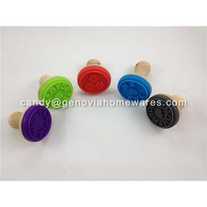 REACH and EU regulation convenience used bpa free silicone cookie stamp with high quality
