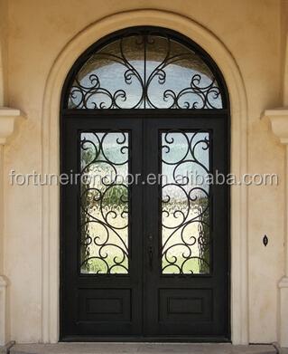 Entrada del restaurante puerta de entrada puertas con el for Puertas en forma de arco