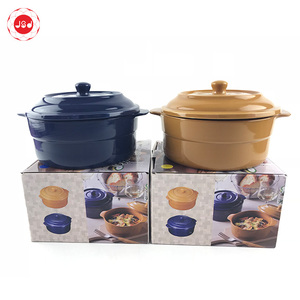 2019 Popular ceramic stoneware soup bowl with lid handle