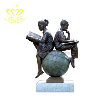 China suppliers garden home decor metal craft New product brass Girl Sitting on the ball Reading Book Statue For Sale