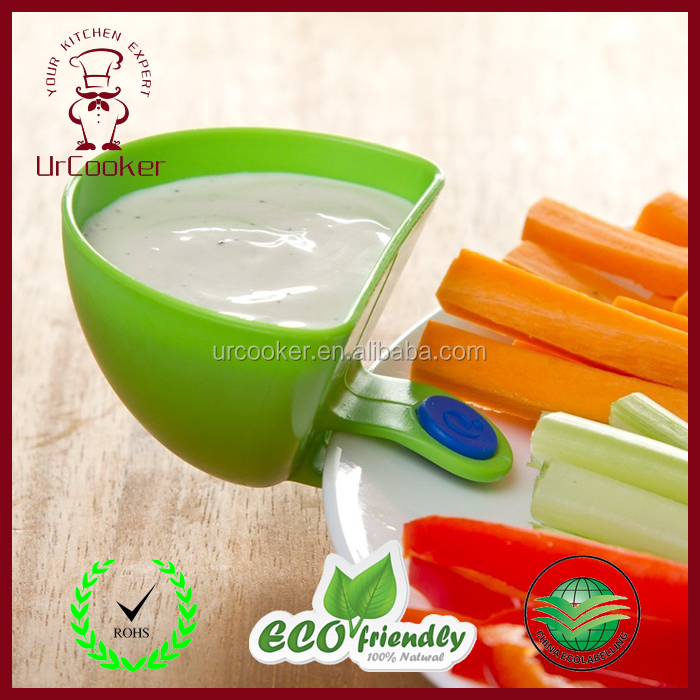 Hot sale promotional food grade plastic portable Dipping Bowl with clip