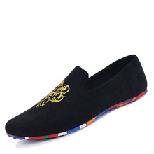 2015 men fashion slip-on Totem Printing flats shoes Nubuck Leather driving shoes men moccasins male boat loafers 5505